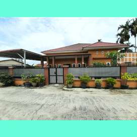 Rumah Mewah+Luas ditengah kota Jl. Arifin Ahmad, Pekanbaru