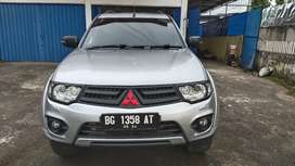 Over kredit Pajero Dakar 4x4 Abu2 th 2014 balik DP hanya 90jt