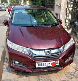 Honda City VX 2014 with Sunroof, Cruise Control, Leather Seats,HID