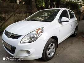 Hyundai i20 sports abs top, single. Cng