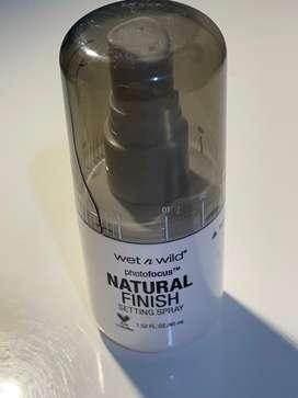 setting spray natural finish photofocus