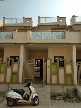 4 bhk duplex for sale in pallav puram