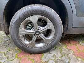 Kia seltos Htk plus wheel and tyre