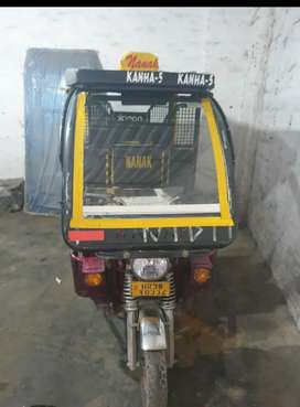 Fleet of Well Mantained E-Rickshaw With RC's/Bill