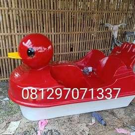 sepeda air itik merah, sepeda air fiberglass