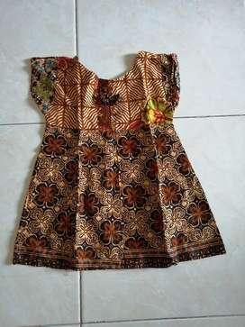 Dress batik anak 2th