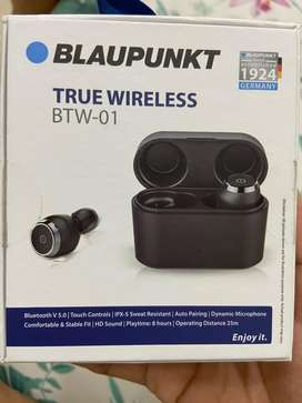*Steal deal* Unused Blaupunkt Wireless ear phones with charging case