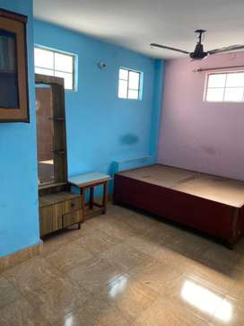 1ROOM Balllliwalla Chowk kitchen For Single person onnly