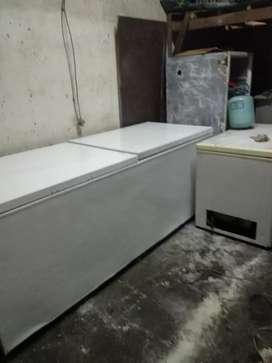Freezer 1200 ltr merek GEA