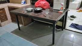 meja makan jati besar bisa di lipat jadi kecil atau jadi besar