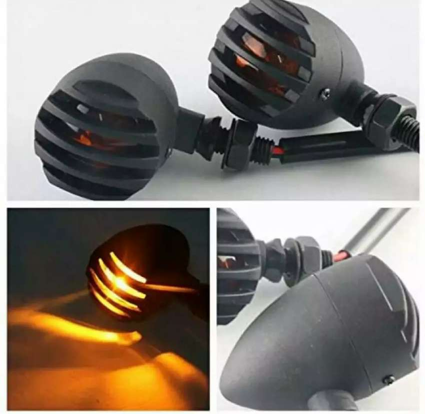 Cafe Racer Metal Body Grill indicator