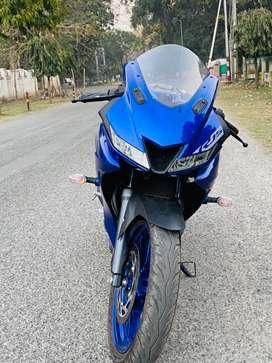 Yamaha r15 v3 4months old