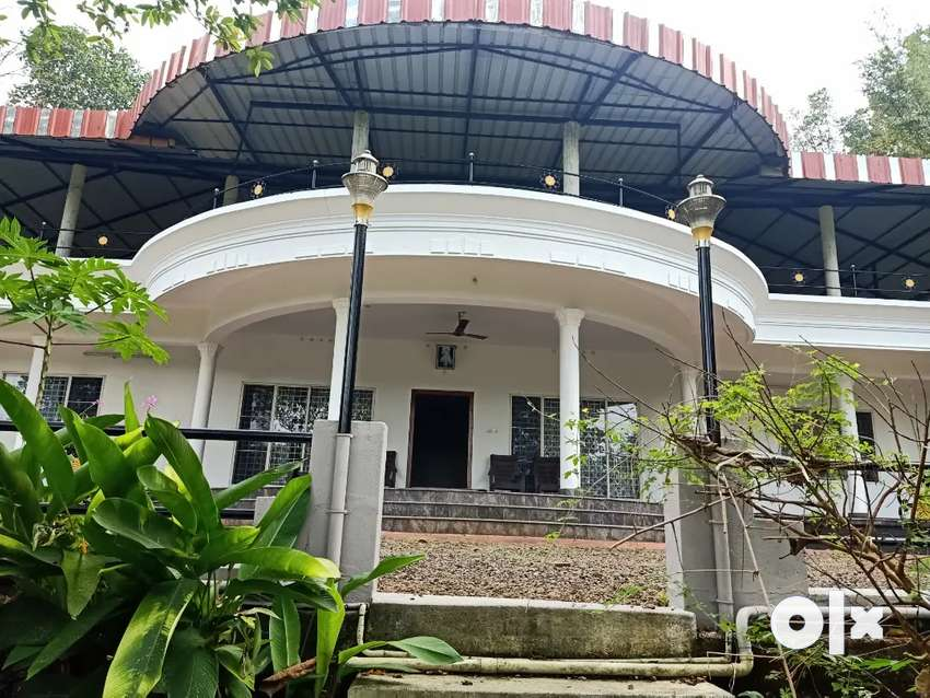 FULLY FURNISHED AC INDIPENDENT HOUSE FOR SHORT TIME RENT KARIMKUNNAAM 0