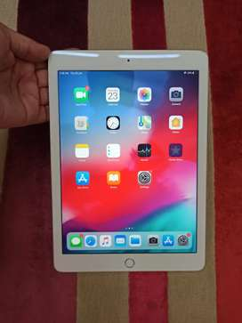 Apple iPad Air 2 128 GB urgent sell