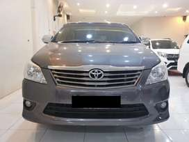 Kijang Innova 2.5 G diesel MT 2012