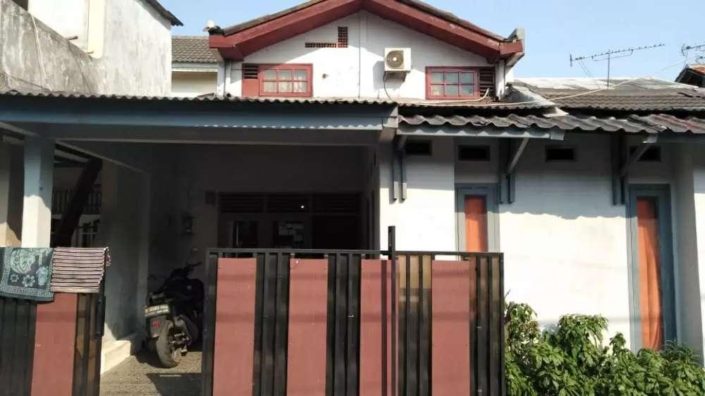 rumah dua lantai dijual murah