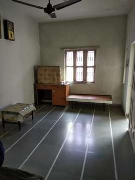 2 bhk Villa First floor on rent at Satellite for Family