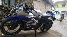 R15 v2  good condition 1 owner