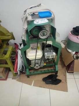 Mesin Giling Bumbu dan Parut Kelapa