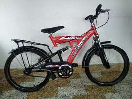 Cycle with 2 new tyers, diameter breaks and front shock and back shock
