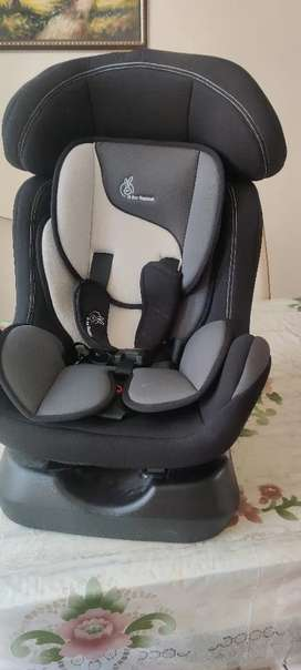 R for Rabbit car seat (for 0-7 years kids)