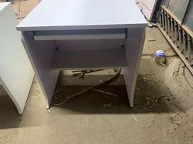 Office computer tables 50nos available