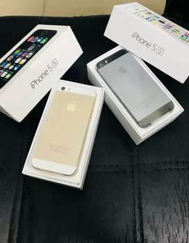 Apple iphone 5s brand new seal pack only at 8999