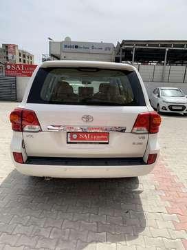 Toyota Land Cruiser VX Premium, 2014, Diesel