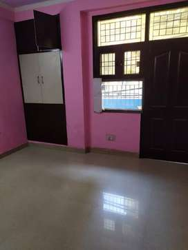 3 bhk semi furnished flats available in hindon vihar society