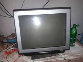 lenovo monitor good condition you can use it as TV by using TV tuner