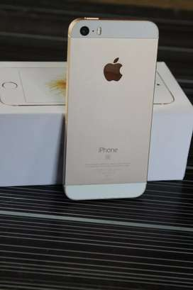 iPhone SE (Gold)32Gb