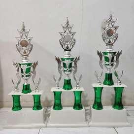 Trophy murah meriah