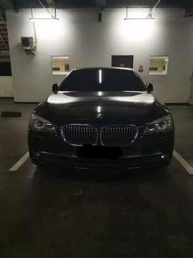 Over Kredit BMW 730Li 2012