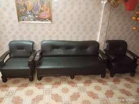 Sofa, dark brown wooden ragzin sofa. Purchased in january 2018