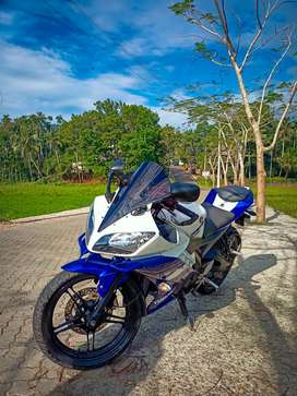 Neat and Clean R15 v2 for sale