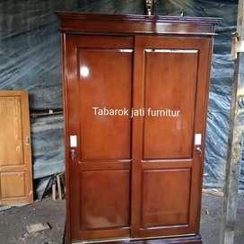Lemari pakian minimalis pintu 2 sledeng, bahan kayu jati asli 100%