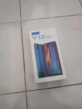 Vivo Y12 • 5000 baterai ( 32 GB rom - 3 GB ram )