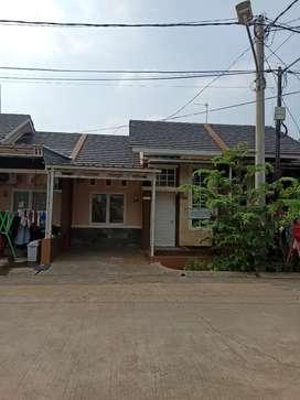 Sewa Rumah Kontrakan Rumah Pemda Resinda Galuh mas Karawang Kota