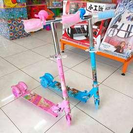 Scooter Anak Mainan Oktoped Anak Roda Tiga