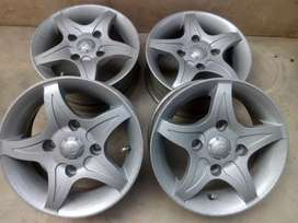 Alloy rims like new mehran ,course,fx,hiroof.