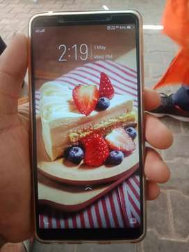 Vivo v7 plus good condition only 1 year old