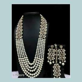 New jewellery at Rs. 400 .. original price is 500
