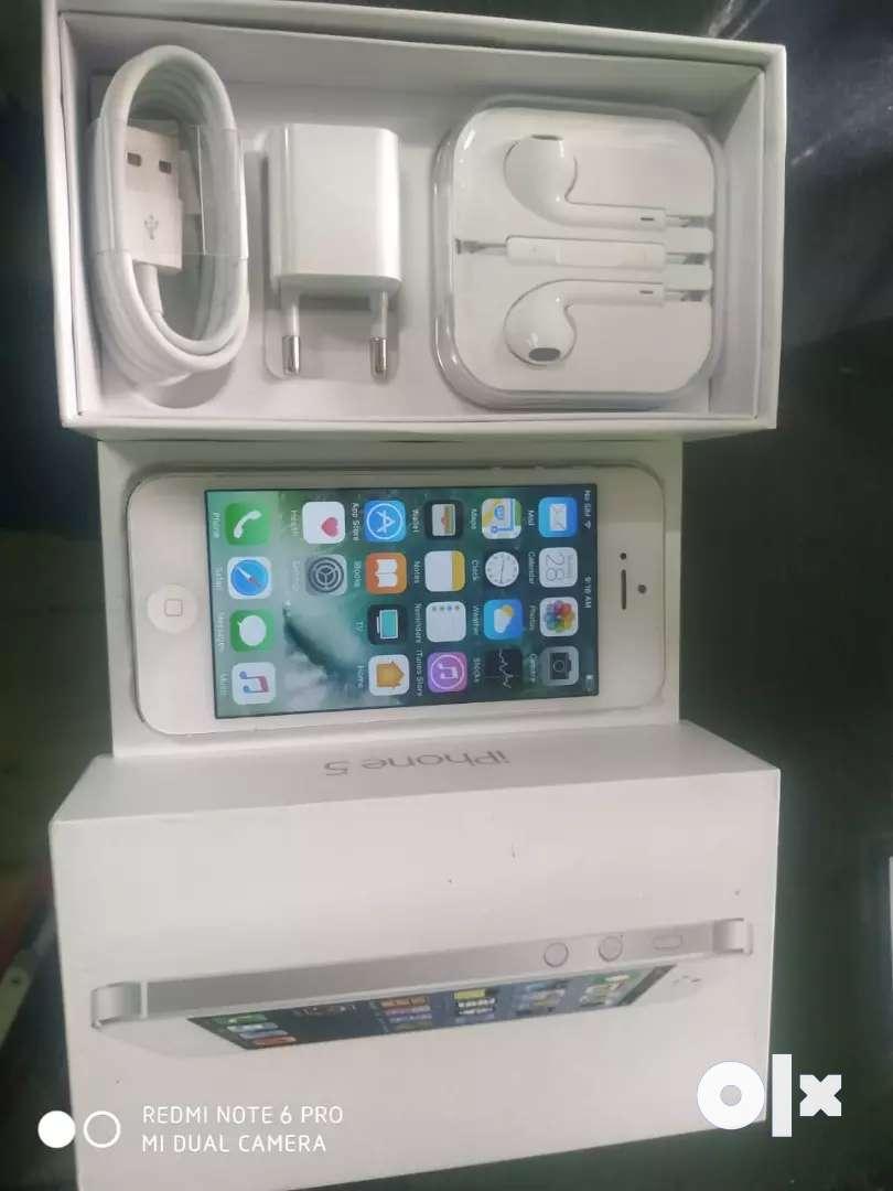 Apple 5 16gb brand new refubish 0