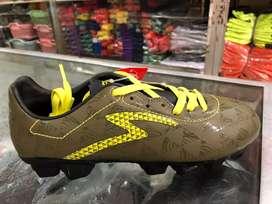 Sepatu Bola Specs Quark FG