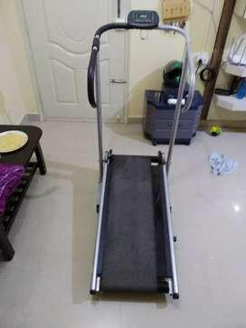 Lifeline Manual Treadmill - 3000 Rs