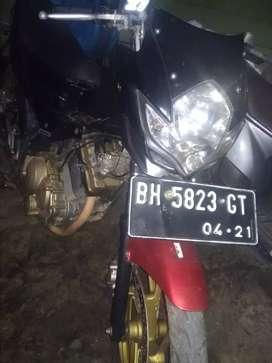 Di jual Suzuki Satria sesuai photo pajak mati 2 tahun motor nyala