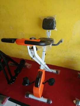 Sepeda statis Xbike magnetik ( sepeda fitnes murmer)