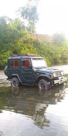 Di jual Mobil Taft Badak