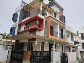 2300 4bhk new posh house near palachuvadu jn vennala road.jinu global