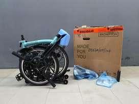 Sepeda Brompton special edition